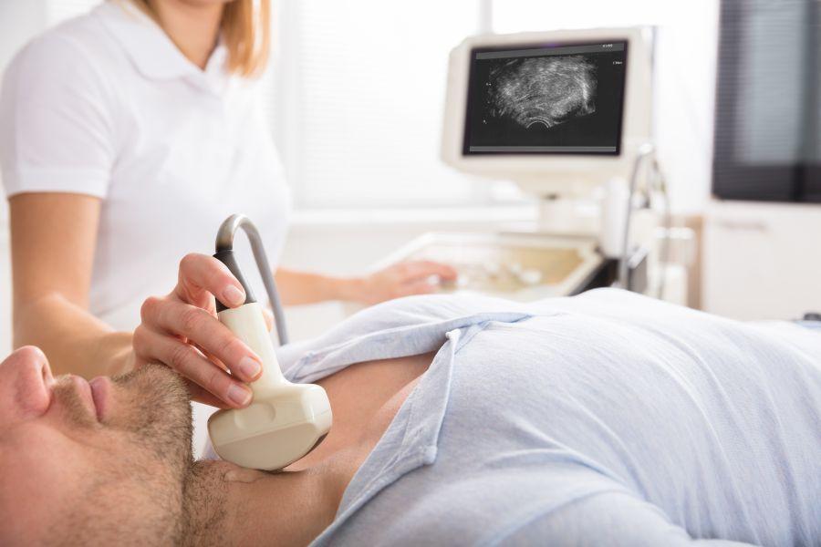 Choroba Gravesa-Basedowa - jak rozpoznać i jak leczyć?