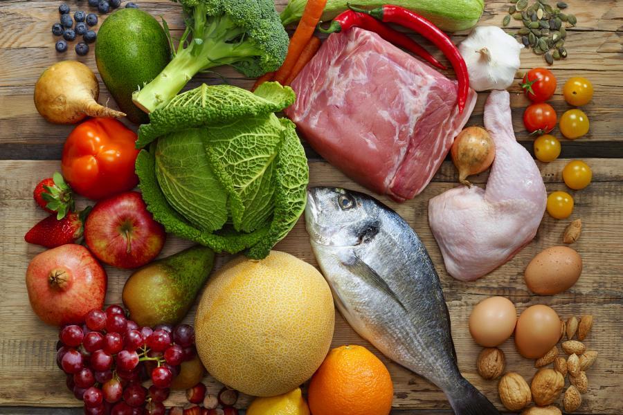 Dieta paleo - co trzeba o niej wiedzieć?