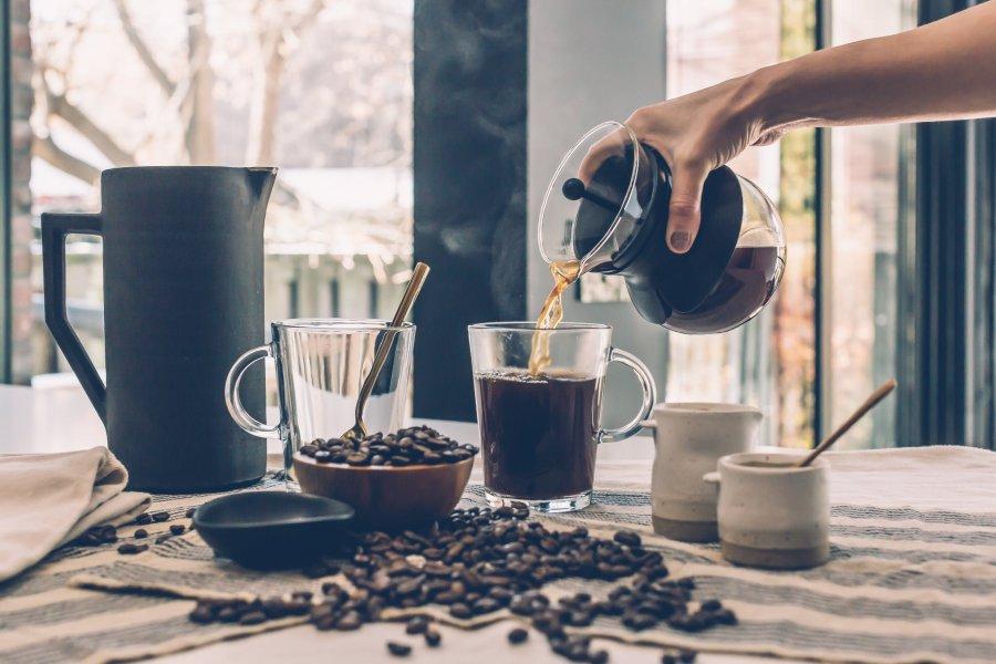 Ile kofeiny ma kawa? Właściwości kofeiny