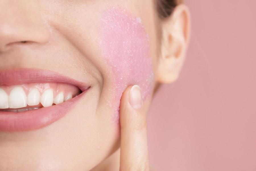 Peeling enzymatyczny – sposób na gładką skórę