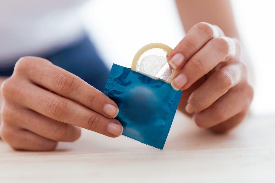 Prezerwatywa - mechaniczna metoda antykoncepcji
